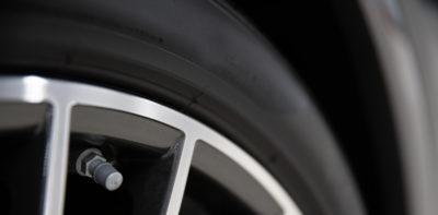 Tappo valvola pneumatico